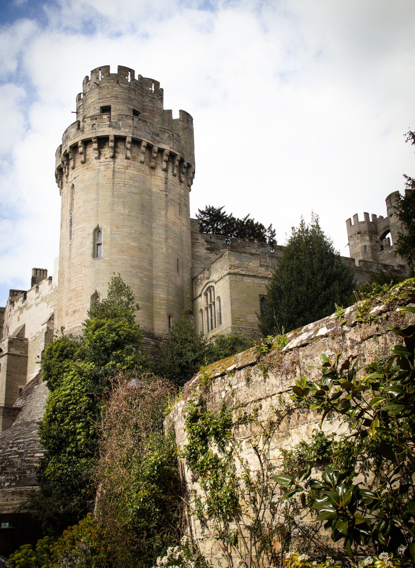 Caesar's tower is the tallest tower at Warwick Castle. The tower suites are inside. This photo was taken from Mill Street.