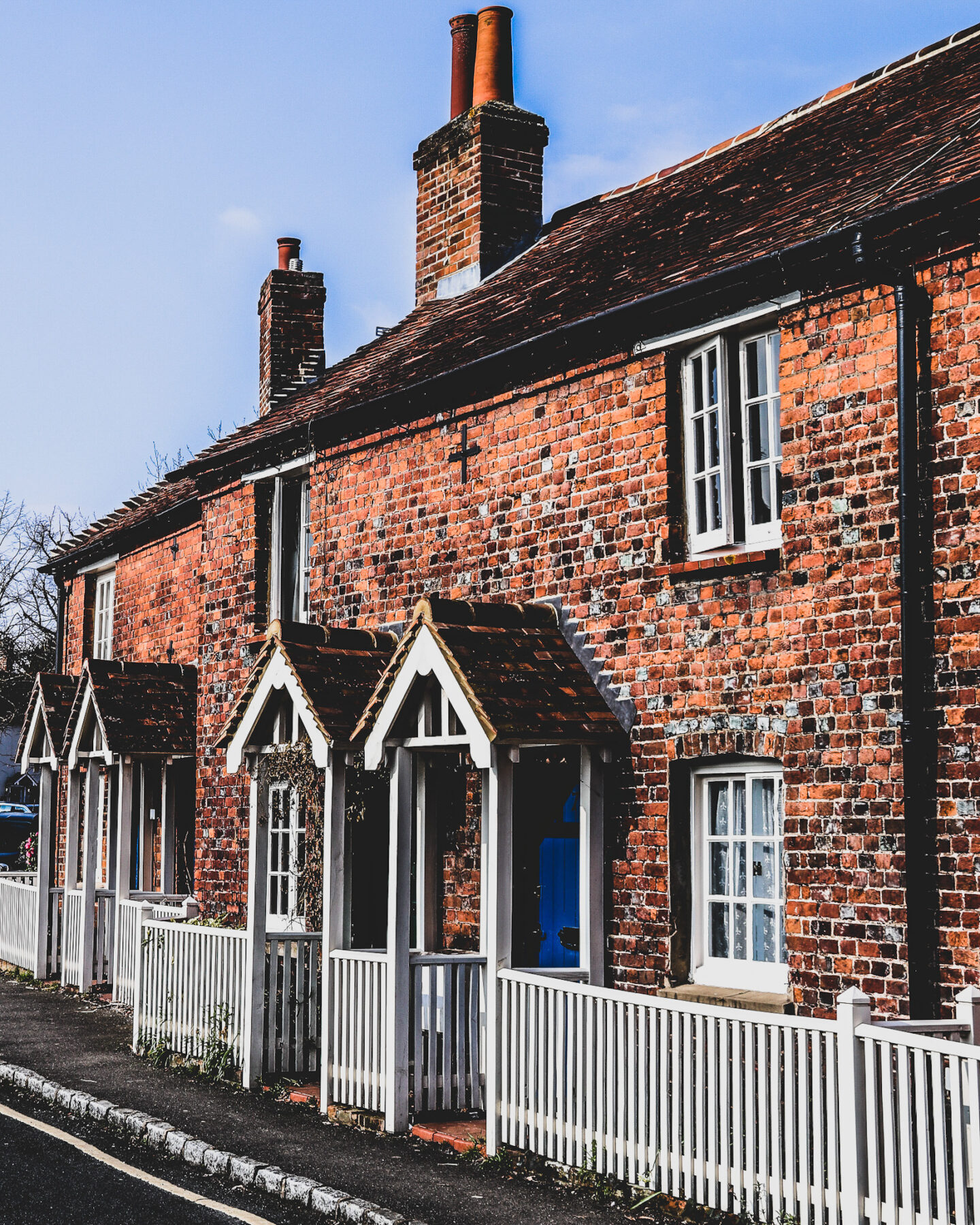 Pretty cottages in the old town of Beaconsfield.